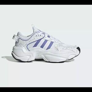 Adidas Originals Women's White Purple Magmur Runne